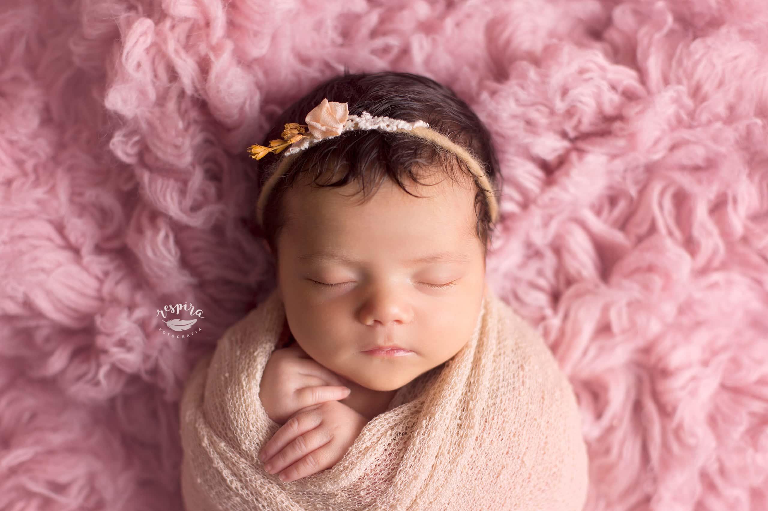 Fotos de recien nacido newborn en barcelona olesa
