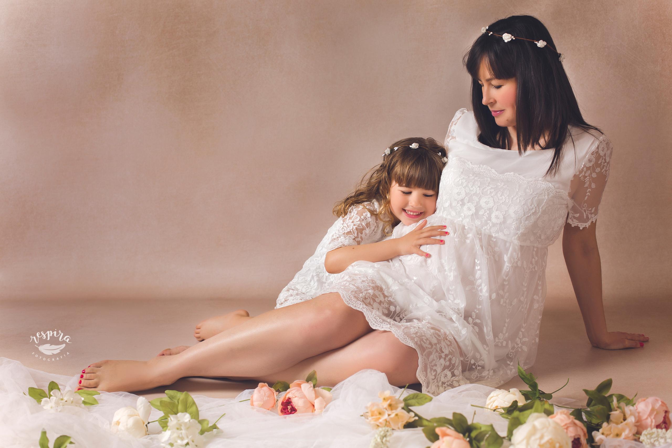 Estudi fotografic barcelona olesa sessions maternitat